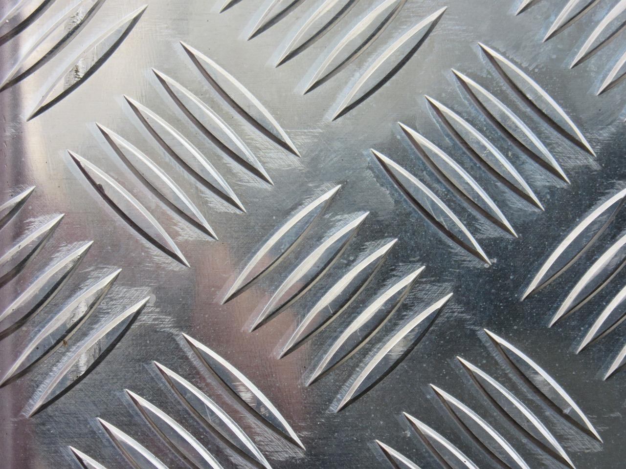 extruded aluminum heat sink manufacturing